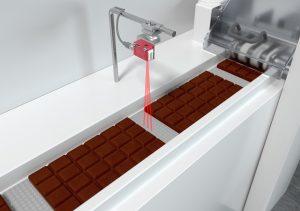 Leuze presenta il sensore a tasteggio basato su triangolazione ottica